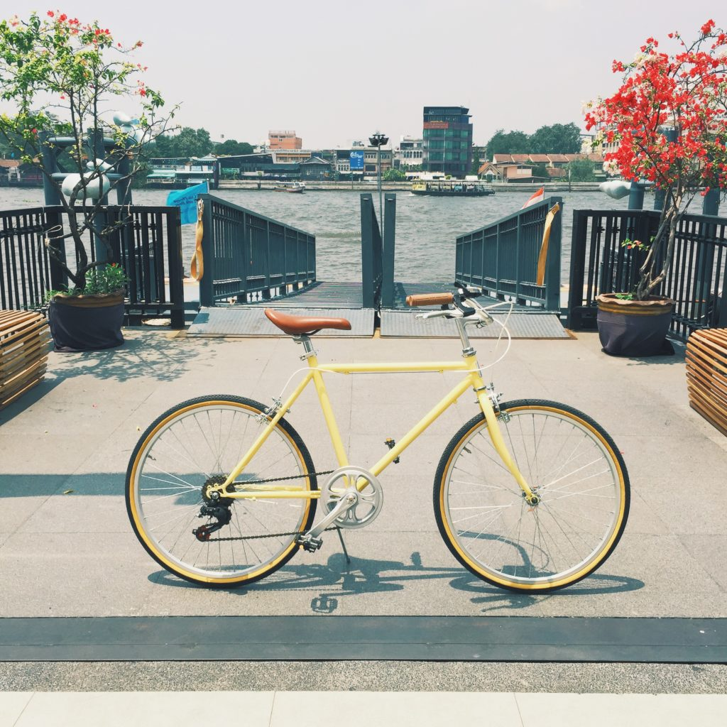 จักรยานโมเดิร์นวินเทจ tempura yellow tintbicycle